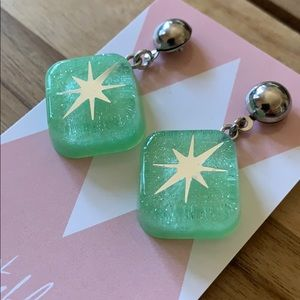 Retro Reproduction Pinup Earrings Glitter Lucite